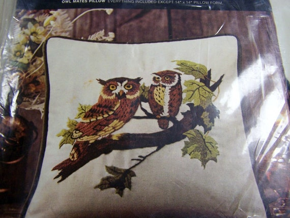 Vintage Crewel Embroidery Kit Owl Mates Pillow Kit
