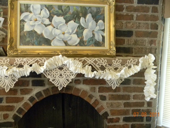 Ruffled Muslin Garland