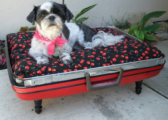 Black and Red Cherry Rockabilly Large Retro Suitcase Pet Bed