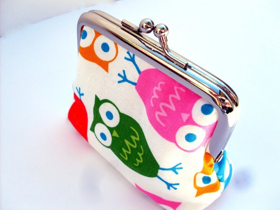 Coin purse owls in rainbow colours