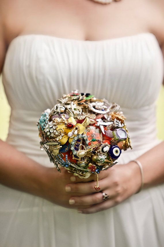 CUSTOM MADE Bridal Bouquet from Vintage Brooch Jewelry - OOAK to fit your color, style & budget