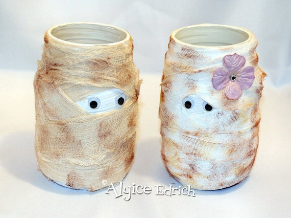 Halloween Vase - Mr. and Mrs. Mummy