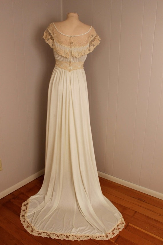 Gorgeous Vintage 1970's Regency Style Wedding Dress