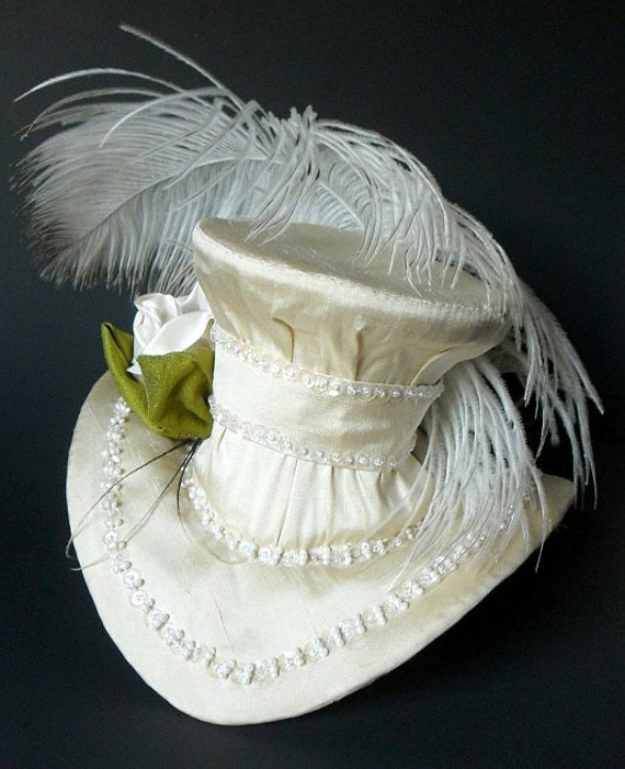 Ivory Mini Top Hat Bridal Fascinator