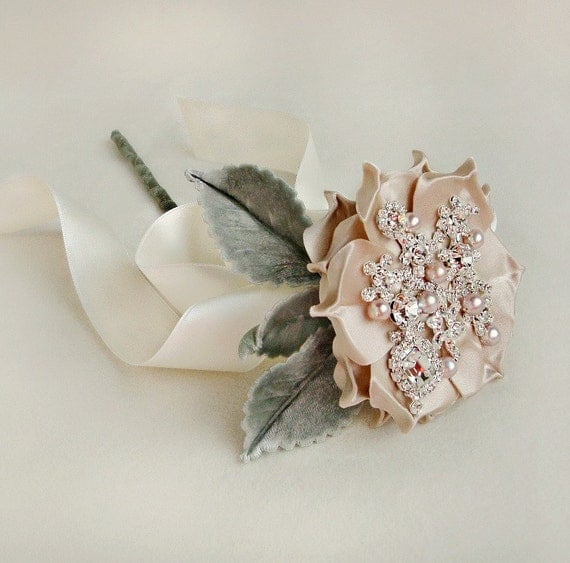 Драгоценная Роза Одноместный стволовых ж / Бархатные листья