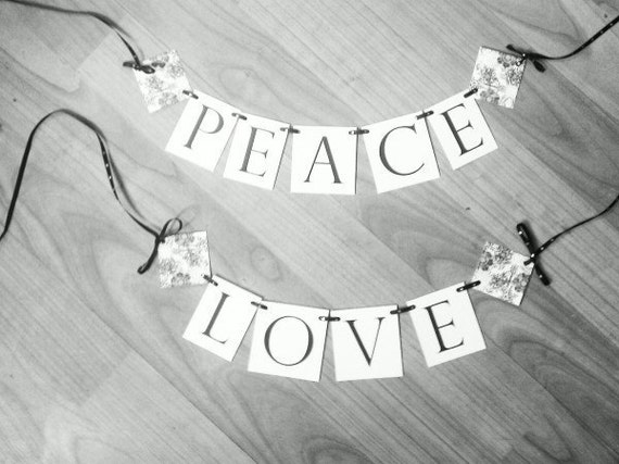 Peace & Love Christmas Banners
