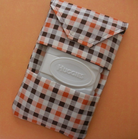 Diaper Clutch with Pop-up Wipes Pocket