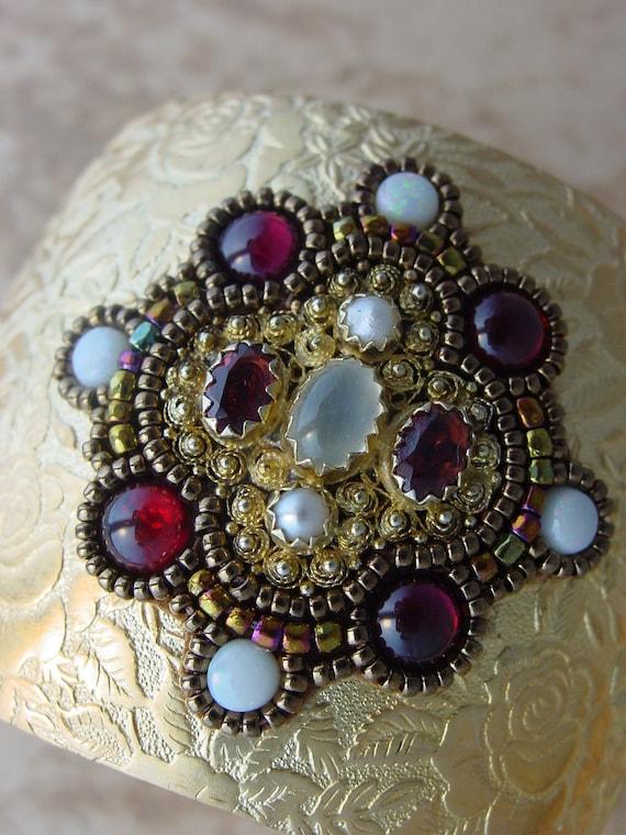 Лунные камни и Opal манжеты