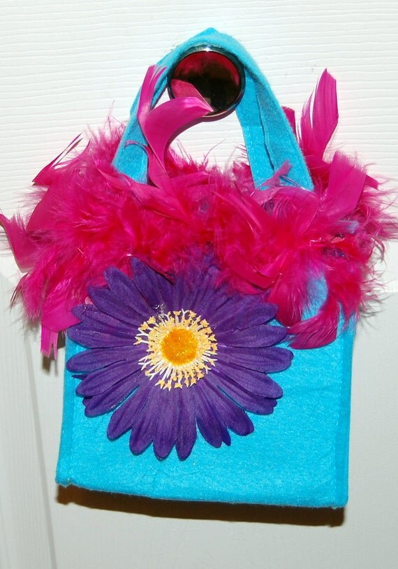 Fun and Flirty Handbag - turquoise/purple