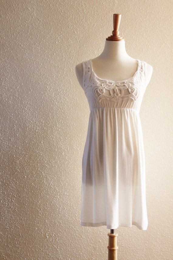 Sweet Vintage Cotton Flowing White Top Lace Mini Babydoll Dress