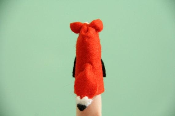 Fox Finger Puppet, Russell
