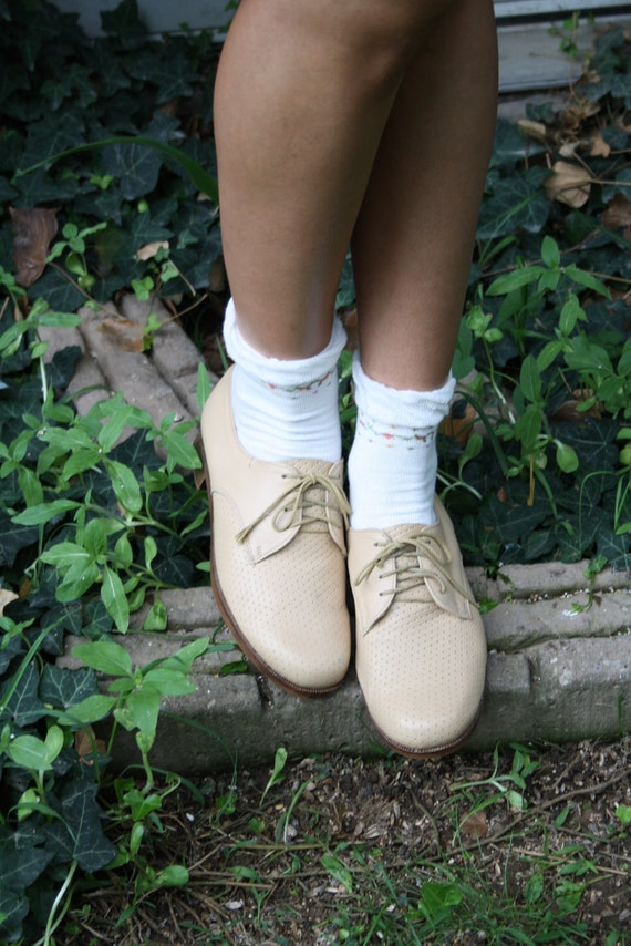 80s cream oxford shoes / spectators brogues preppy geek size 10