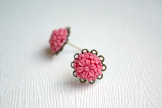 Pink Mum Earrings