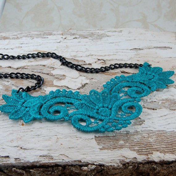 Vintage Venice Lace Teal Necklace - Wedding Jewelry, Bridesmaid Gift, or Special Occasion Jewelry