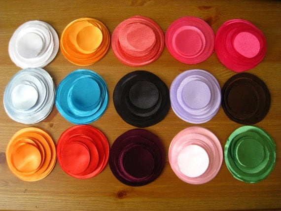 "600 Hand Cut Fabric Circles -  Max 10 colors from 1.5"" to 3"""