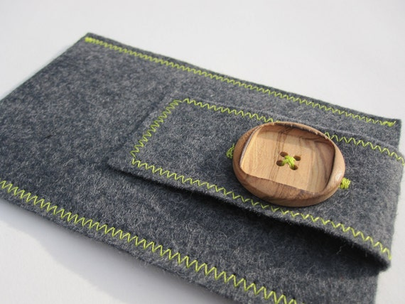 Grey Wool Felt iPhone Case / iPod Touch Case with Earphone Pocket - Lime Green Accents & Wood Button