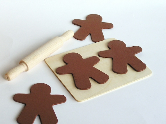 Natural Wood Toys-  GINGERBREAD Man Cookies Set