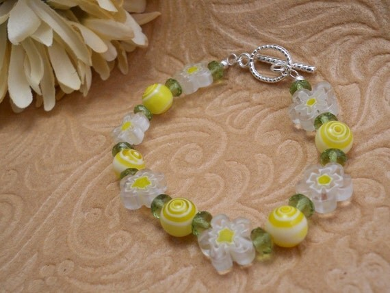 White and Yellow Floral Bracelet