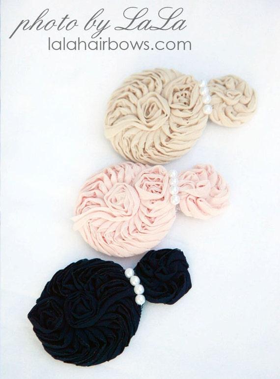 Шелковые цветы заставка с жемчужно-бежевый.