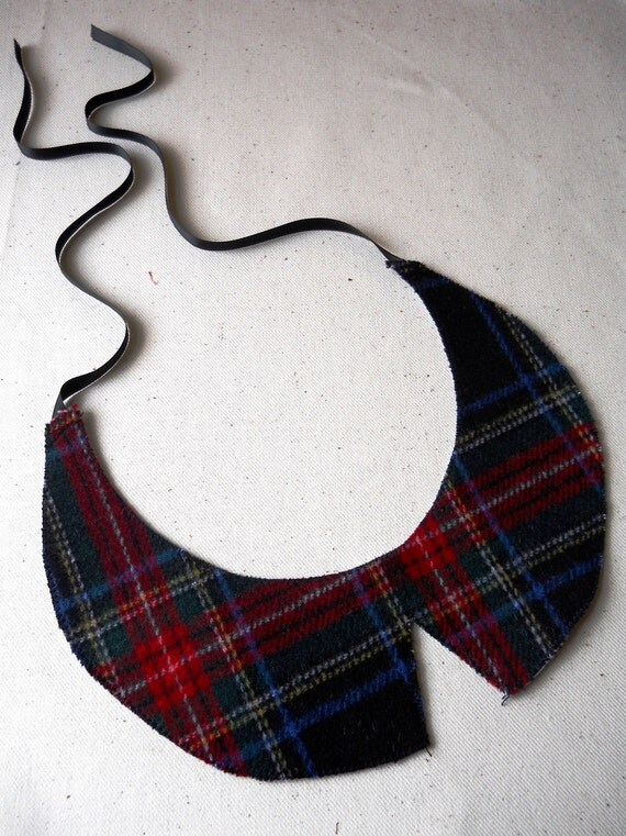 Beautiful Tartan Detachable Peter Pan Collar