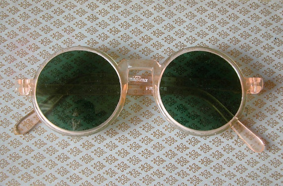 Vintage Sunglasses Made in the 1970's But Perfect For a Flapper