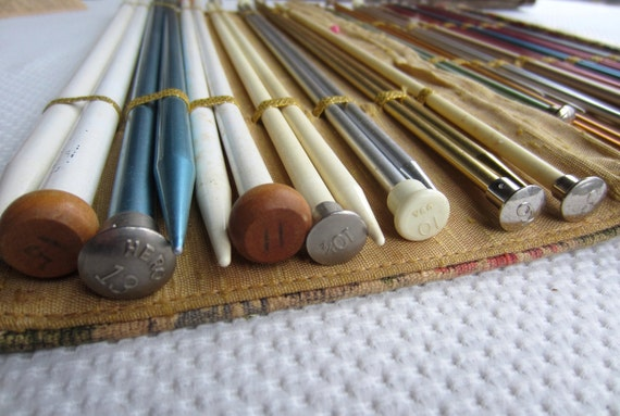 Vintage Susan Bates Knitting Needles with Tapestry Style Case