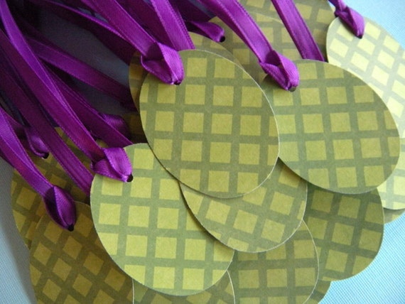 25 Green Diamond Pattern Easter Egg Tags with Satiny Purple Ribbon