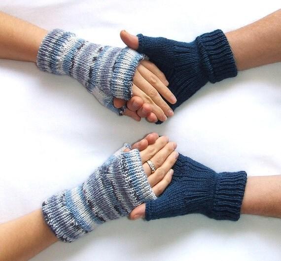 """دستکش Fingerless """"ولنتاین من"""" -- 2 جفت -- برای او ، برای او -- آبی بنزین -- آبی ، خاکستری و سفید"""