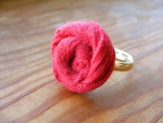 Ring Red Rose