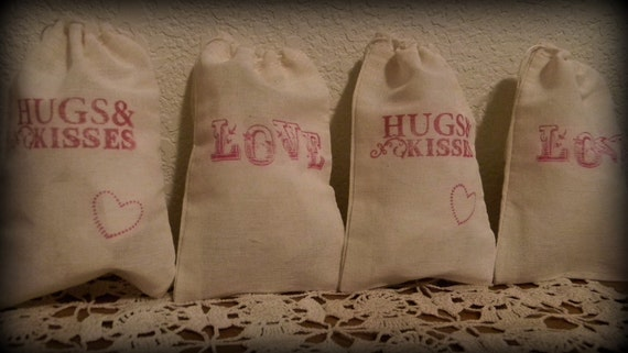 Set Of 10 Valentines Day Huges And Kisses Love Wedding Party Favor Bags