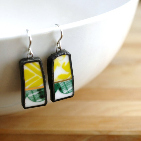 Broken Plate Earrings - Modern Green Pattern - Recycled China