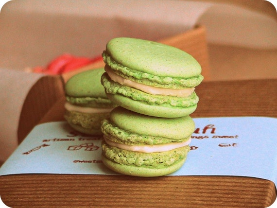 Lime Coconut French Macarons (12 count)