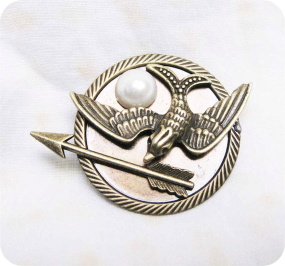 Hunger Games Inspired Mockingjay,Arrow with Peeta's Pearl brooch