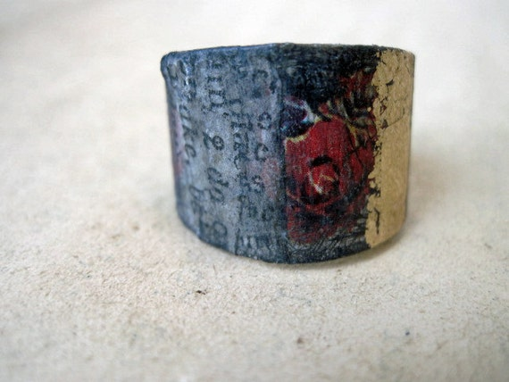 Pinchbeck. Recycled Tin Gold Bling Paper Decoupage Adjustable Ring.
