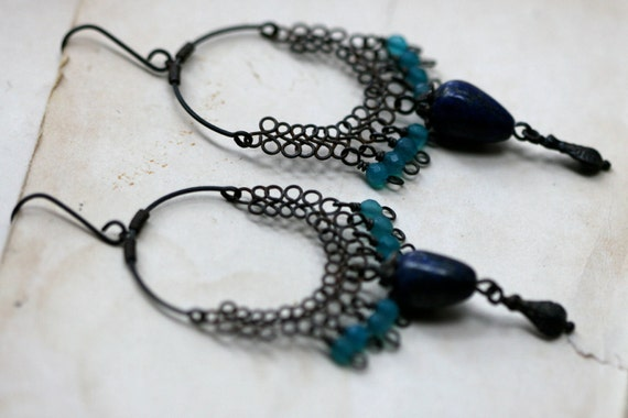 Floratta in Blue - Chandelier earrings