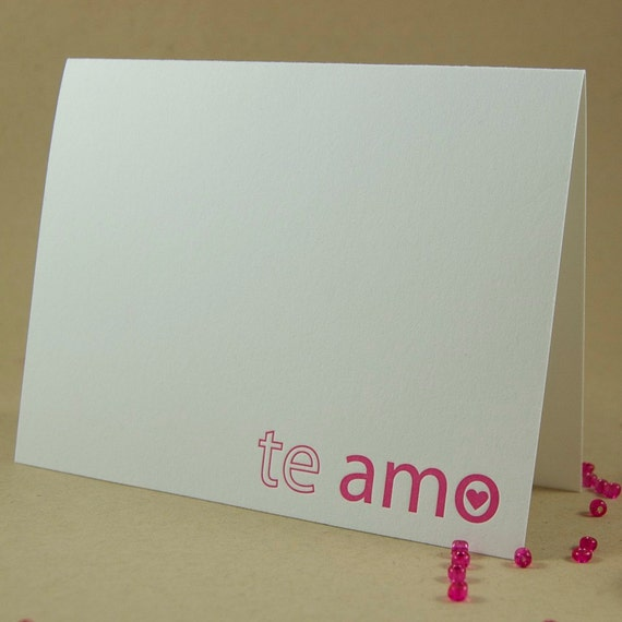 "Letterpress Spanish Valentine's Greeting Card ""I love you"" ""Te amo"" in fuchsia"