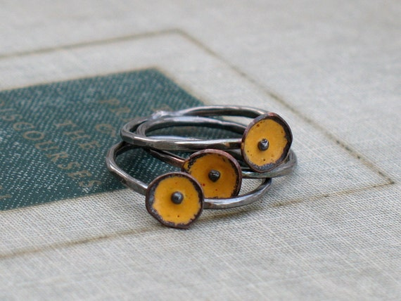 yellow bud ring stack
