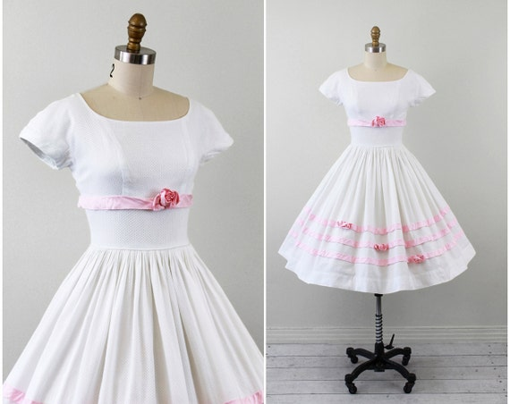 vintage 1950s 50s wedding dress // White Eyelet Wedding Dress with Pink Roses and Ribbon Trim // Valentines Day collection