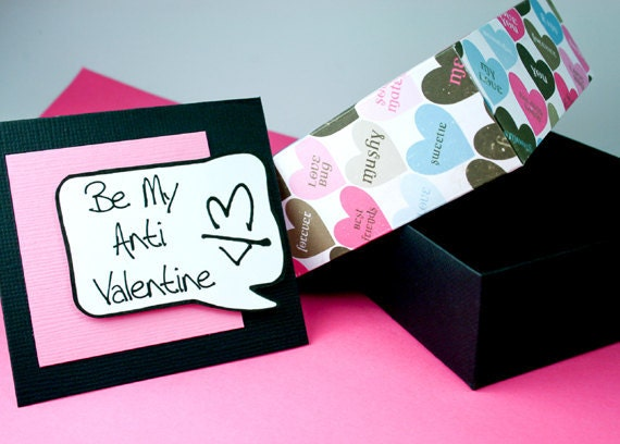 Boxed Valentine Set of Funny Anti-Valentine Cards in Pink and Black - Box and 6 Valentines