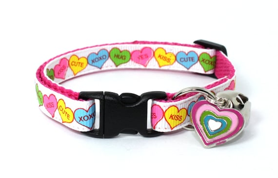 Love Hearts Valentine's Cat Collar