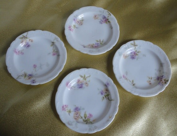 Butter Pats. Set of 4. Theodore Haviland. Limoges. Mark q.