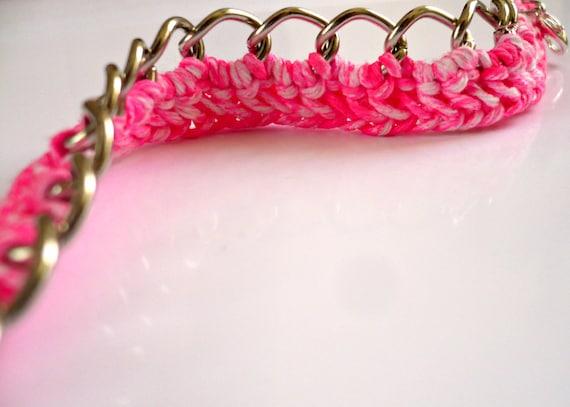 Neon bracelet / Neon pink bracelet / Fluorescent crochet bracelet