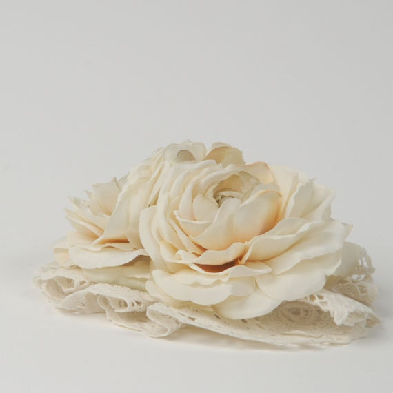 Cream Wedding Headpiece with Vintage Lace and Pearls Shabby Chic Bridal