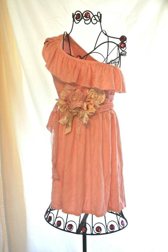 Boho Chic сарафан, одно плечо платье, раздражение пасхальные платье, шикарный коттедж, розовый французский рынок, романтические деревенском платье, весна розовый