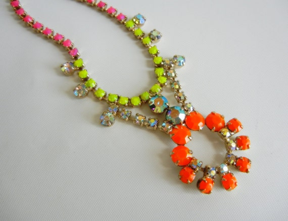Vintage 1950s One Of A Kind Hand Painted Bold Neon Pink Orange and Yellow Necklace