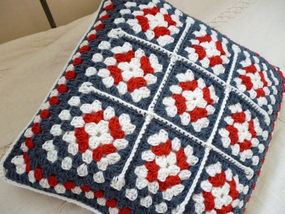 Crochet cushion cover - jubilee patriotic