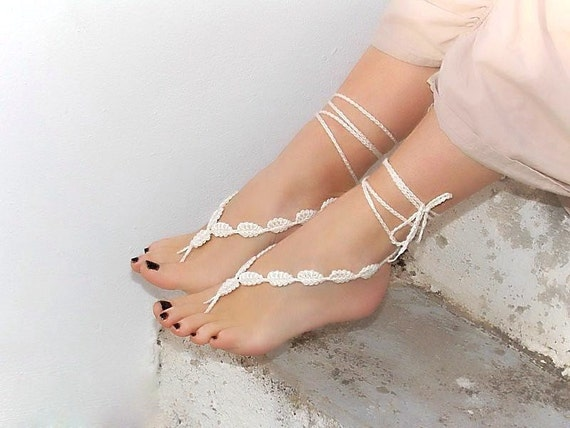Crochet  barefoot sandals, cream  leaves, nude shoes, wedding, victorian lace, sexy,  yoga, anklet , steampunk sandals, beach pool