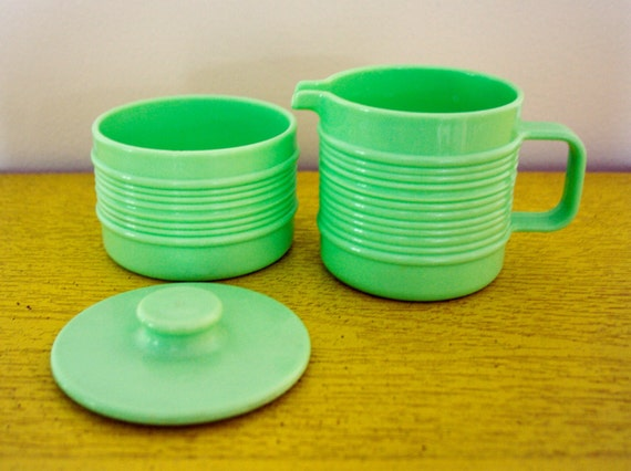 Melamine Melmac cream sugar set vintage Rubbermaid mint green