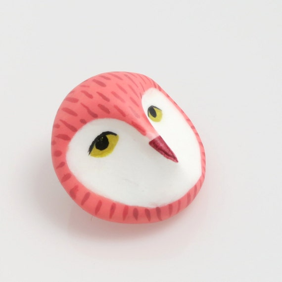 Owl head brooch- Coral