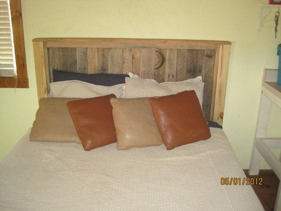 Queen Size Headboard/Footboard- reciclado / upcycled Madera Pallet